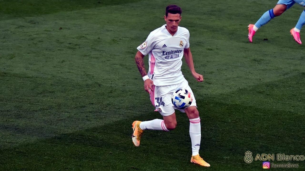 Rafa Marín ► debut with Real Madrid Castilla vs Badajoz (02/05/2021) HD