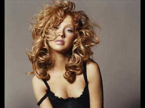 Christina Aguilera - The Christmas Song (Holiday Remix) - YouTube