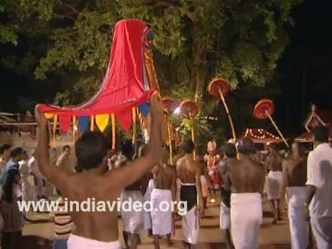 Rituals at Vaniyillam Someswari temple