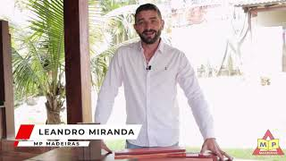 Portal e Batentes de Madeira