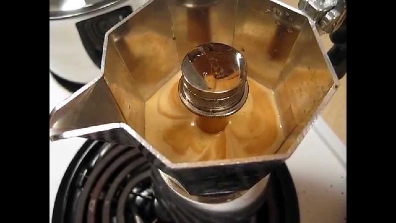 How Do You Say Coffee Maker In Italian : Bialetti Brikka 4-Cup Espresso Maker in Action (Short Version) - HD - YouTube