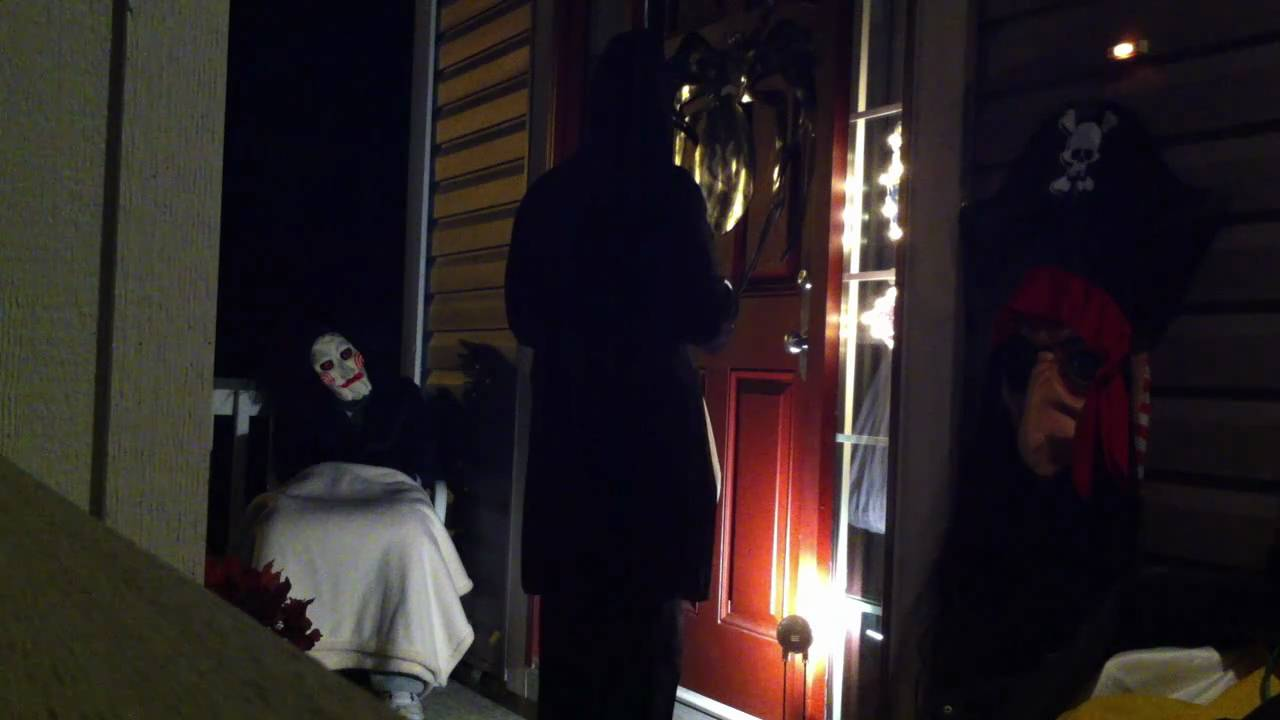 halloween 2010 prank fail scare (punch to face-hidden camera) - youtube