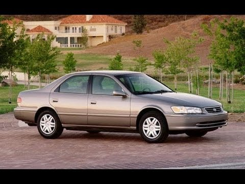 2001 Toyota Camry CE 2.2 L 4 Cylinder Review