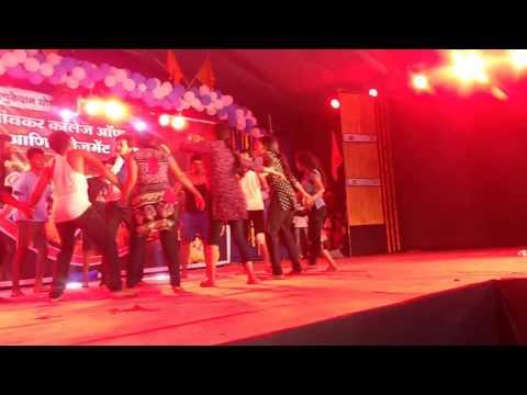Bheegi Bheegi | Royal Civillians Group | Dance Performance | Tarang 2k17 , bhivpuri road