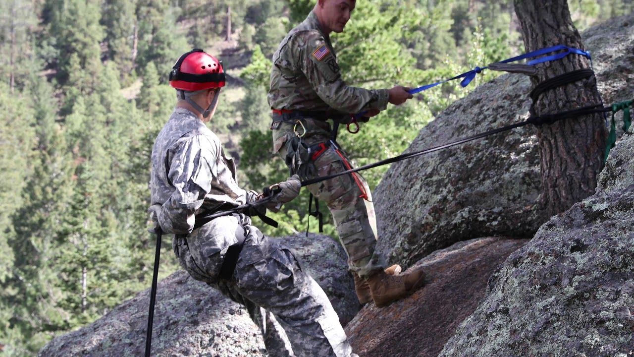 Fear of heights? Not for long. As a member of a Recruit Sustainment Program, you'll find out what you're capable of as you get ready for Basic Combat Training. Learn more about RSP: http://bit.ly/2gDecSa