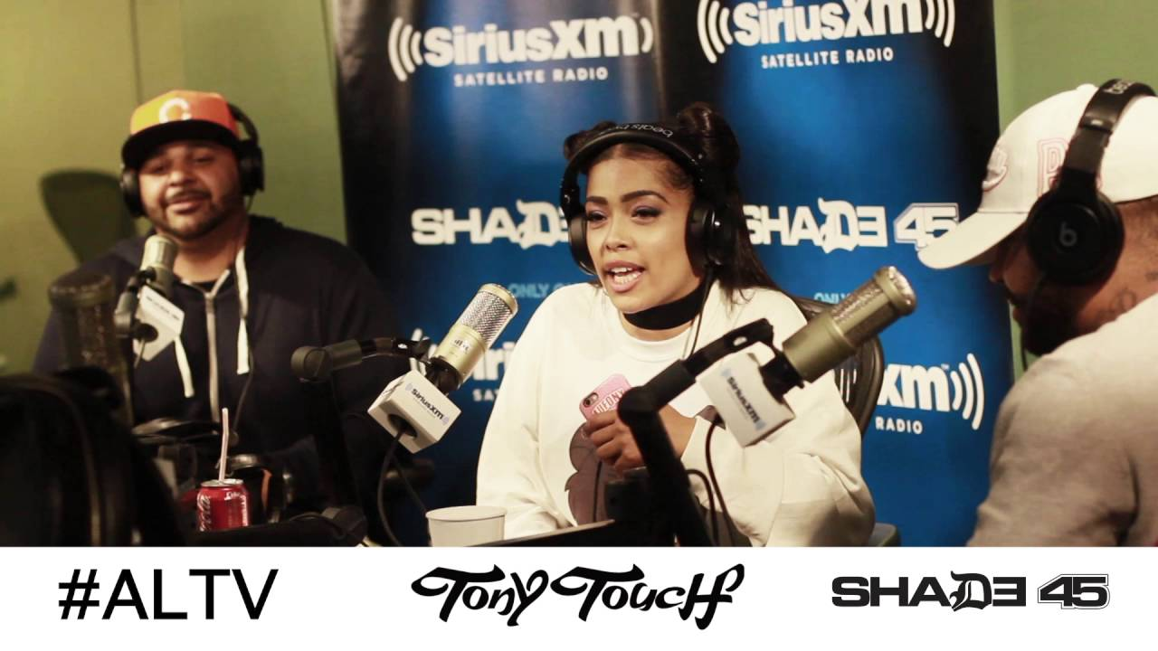 Joell Ortiz, Nitty Scott,  Bodega Bamz (No Panty) Freestyle On DJ Tony Touch