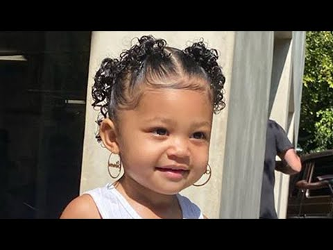 Kylie Jenner's Daughter Stormi Turns SAVAGE When Mom Tries To Take Off Her Hoop Earrings