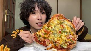 【Happy Birthday】たっぷり野菜の手作りピザで一人パーティー開催