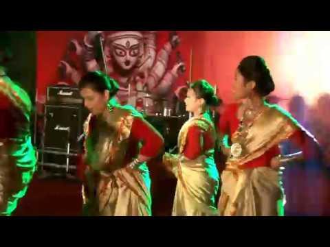 Mon Amar Kemon Kemon Kore O Bodhu Re || PBWA Dance Troupe || 2015