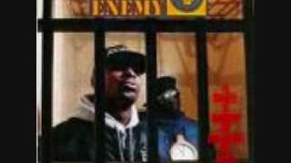 Public Enemy- Black steel in the hour of chaos (w/ lyrics)