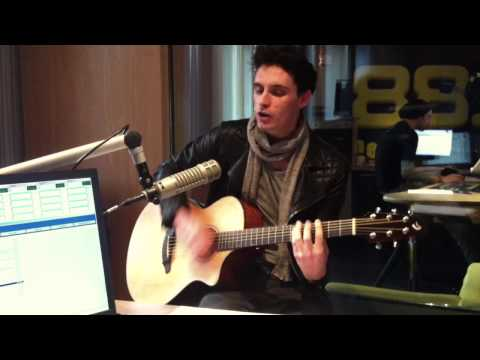 James Cottriall - 3 Christmas Songs Live at 88.6 Radio, Vienna, Austria