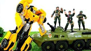 Видео с игрушками Трансформеры. Военные прогнали Автоботов с Земли!