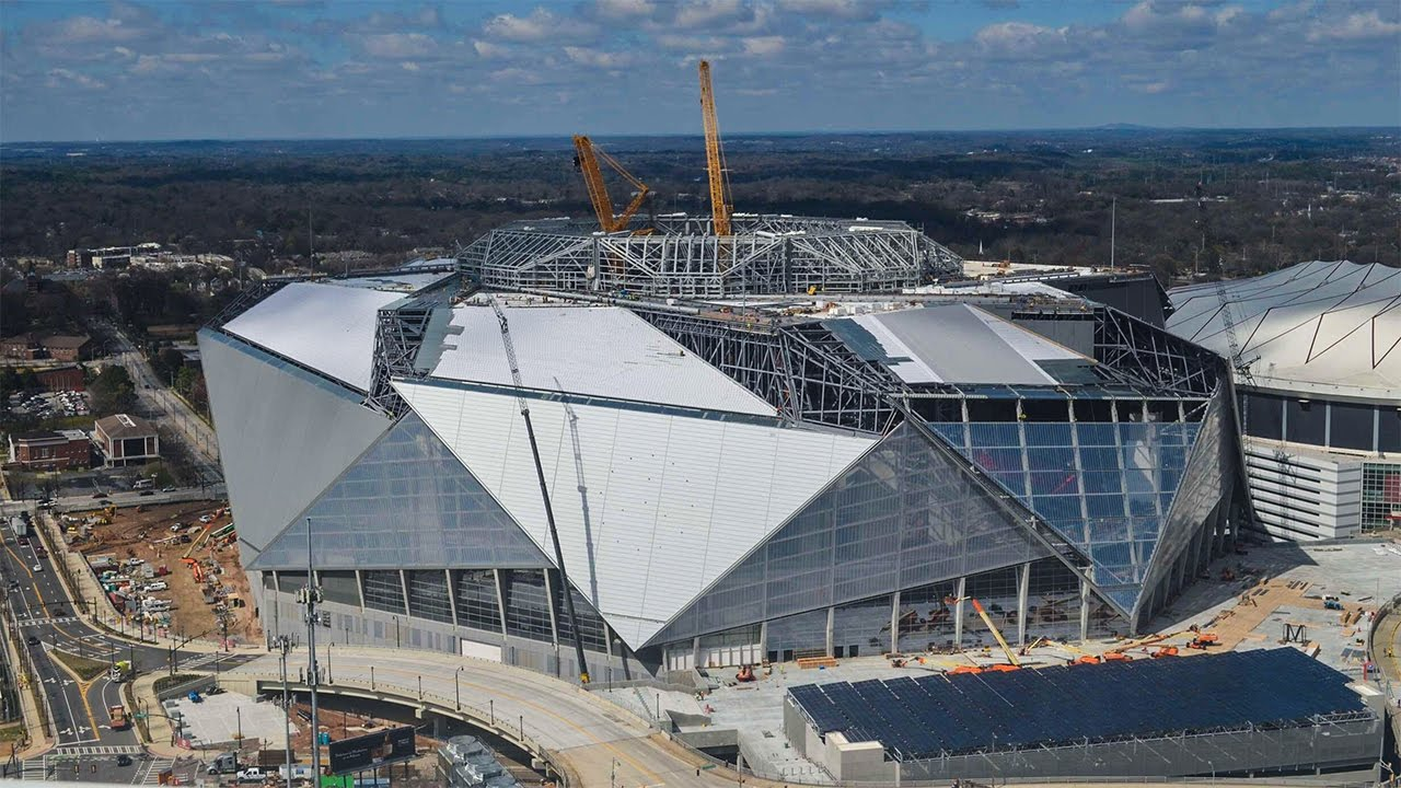 Mercedes benz stadium construction time lapse march 2017 for Mercedes benz football
