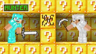 LUCKY BLOCK HUNTERS vs SPEEDRUNNER! (Minecraft)