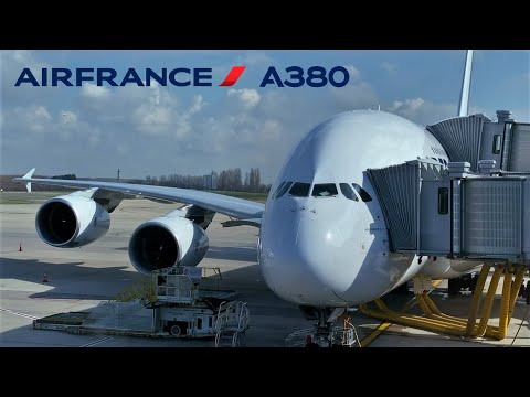 [HQ]Airbus A380-800 Air France landing at Miami Intl from Paris Charles de Gaulle CDG (Economy)