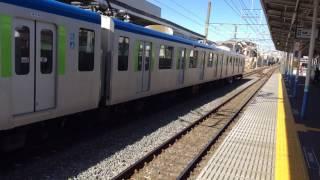 東武アーバンパークライン馬込沢駅 列車進入
