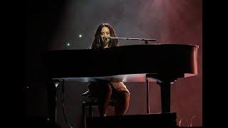 Baixar Demi Lovato - Sober Live at Birmingham 29.06.18 *EMOTIONAL*