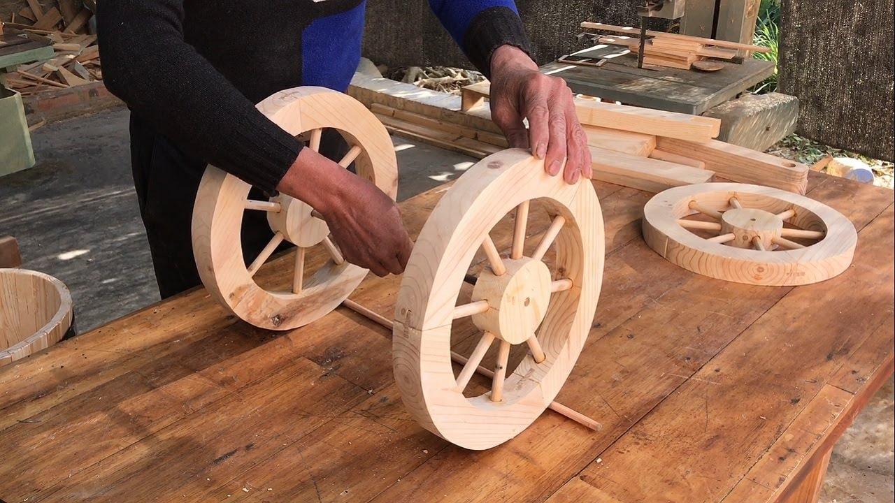 Удивительные идеи деревообработки для украшения сада // Как сделать простую трехколесную посадочную машину в деревенском стиле