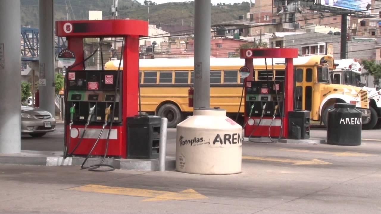 Gasolina superior y regular registrarán un leve aumento a pa