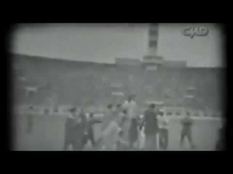 Los goles de Lolo Fernández a Alianza Lima en su despedida de Universitario de Deportes