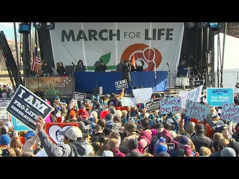 "Thousands gather for annual ""March for Life"""