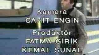 Kemal Sunal Kolpaliyor