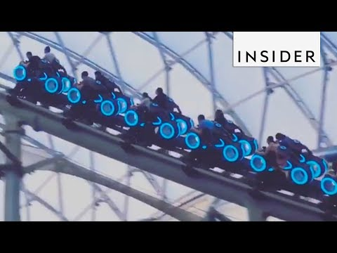 Shanghai Roller Coaster Hits Speeds Of 60 Mph