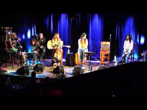 Miranda Lambert & Karen Fairchild Sing Girl Crush
