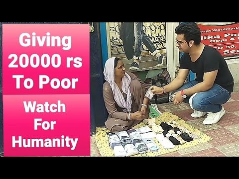Giving 20000 rs To Poor People In Delhi || Social Experiment || Pranks in India || Pranks 2018