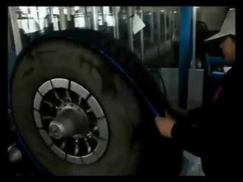 Шины Dunlop Sport Maxx RT 2 SUV - усиленный дизайн протектора .