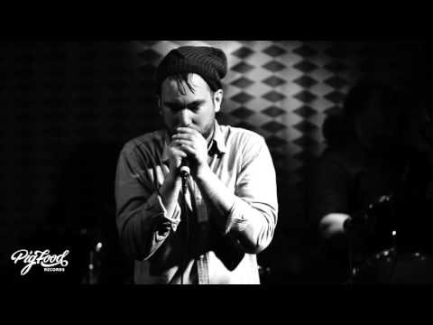 "Young Planet - ""Do Something"" (Live at Valentine's)"