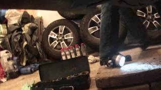 видео Замена масла в двигателе Ниссан Х-Трейл (Nissan X-Trail). Фото, инструкция как поменять масло в Ниссан Икстрейл T31 своими руками