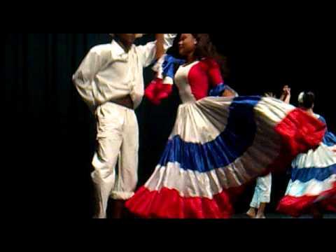 Mangulina En Dia De La Independencia De Rep Dominicana En Granada