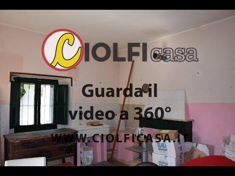 Cucina Camino Vende Casa Garage Terreno Stanza Cassino zona Cappella ...