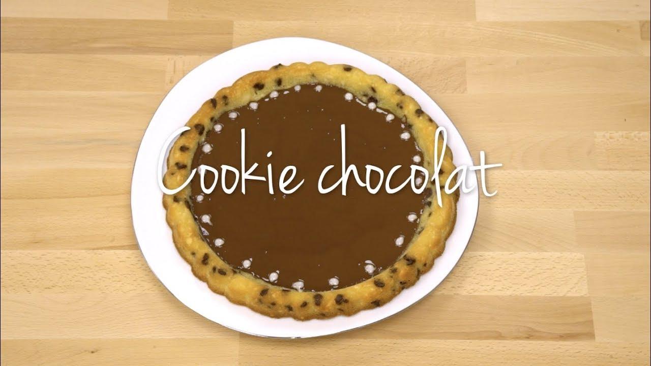 tupperware cookie chocolat geant dans le moule a garnir