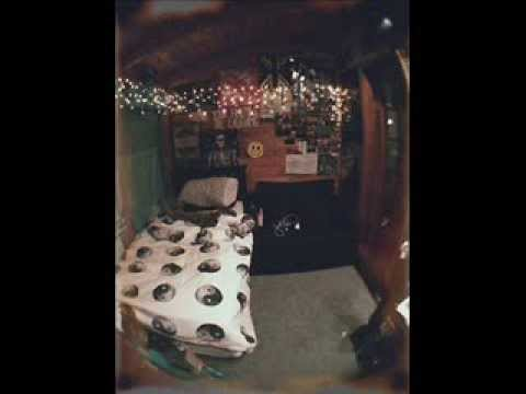 Indie vintage bedroom ideas youtube for Room decor ideas grunge