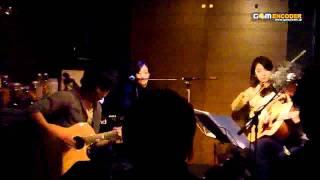 2011.12.11 恵比寿駅前Barにて。 + + + LIVE 告知 + + + EVENT : 蒼弐...