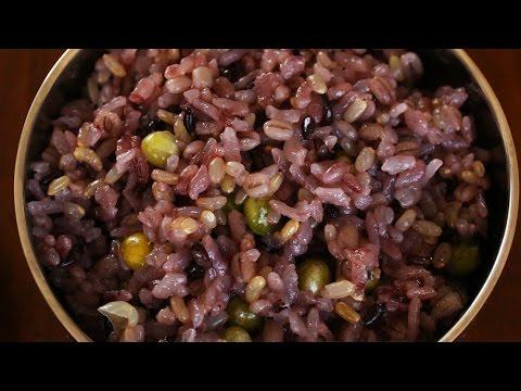 Multigrain rice (Japgokbap: 잡곡밥)