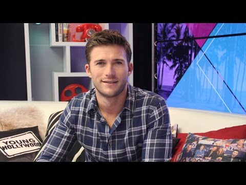 "Scott Eastwood Plays ""Love It or Lose It"""