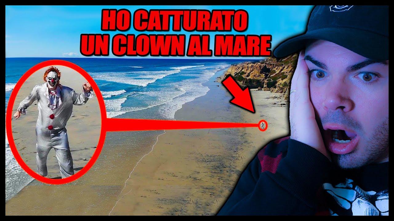 HO CATTURATO UN KILLER CLOWN SULLA SPIAGGIA 🤡 *spaventoso* DRONE REACTION