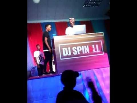 Artist fell off stage at Dj Spinall show abuad