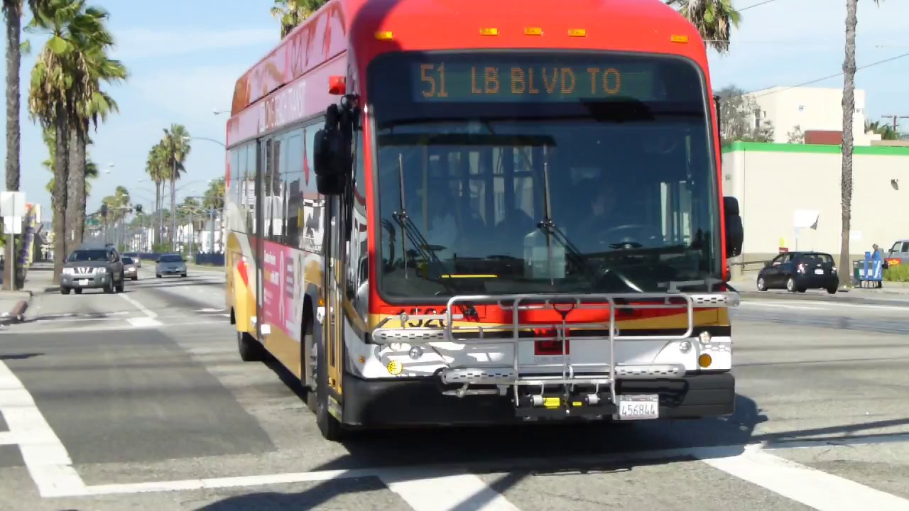 long beach transit: 2015 gillig brt-40 cng route 51 bus #1526 at