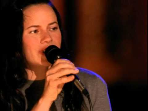 Natalie Merchant  Whats the Matter Here w intro VH1 , 2005