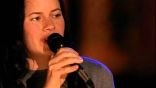 Natalie Merchant - What's the Matter Here (w/ intro) (VH1 Live, 2005)