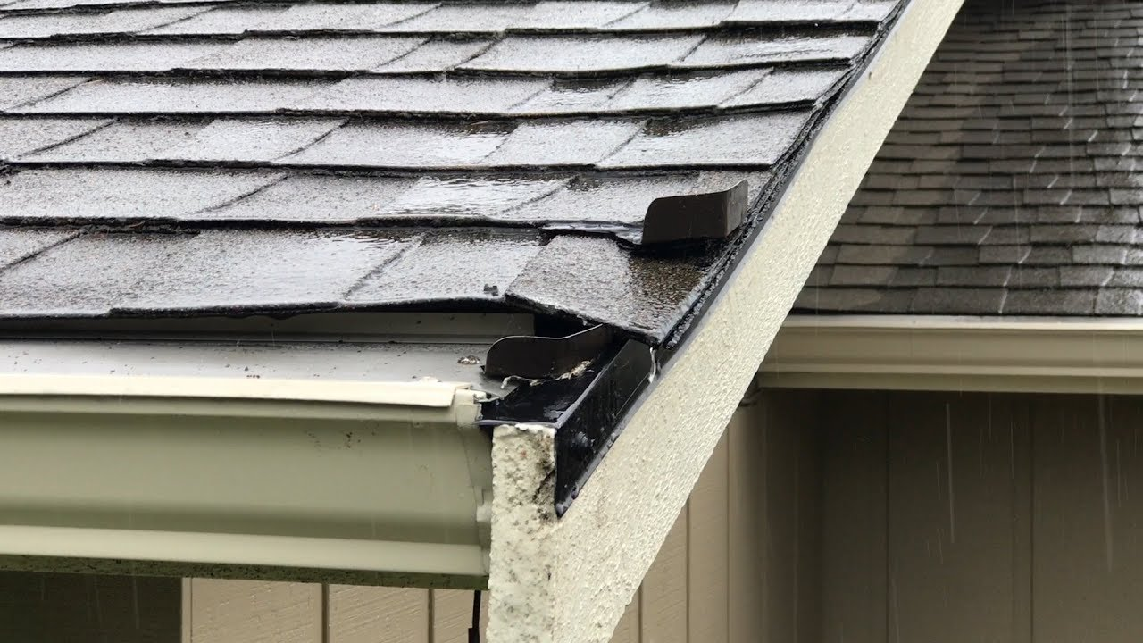 Roof Corner Water Diverter Issues Can This Be Fixed You