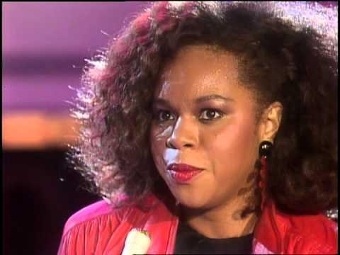 Dick Clark Interviews Deniece Williams- American Bandstand 1984