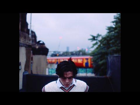 Смотреть клип New Hope Club - Just To Find Love