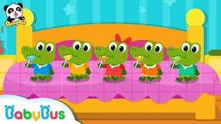 Baby Crocodiles Love Candies | Family Join Together | Thanks Giving Day | BabyBus