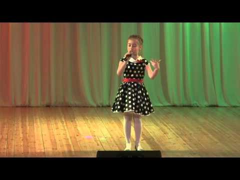 Варя Скрипкина ‒ Маленькой ёлочке не холодно зимой минус, минусовка, фонограмма