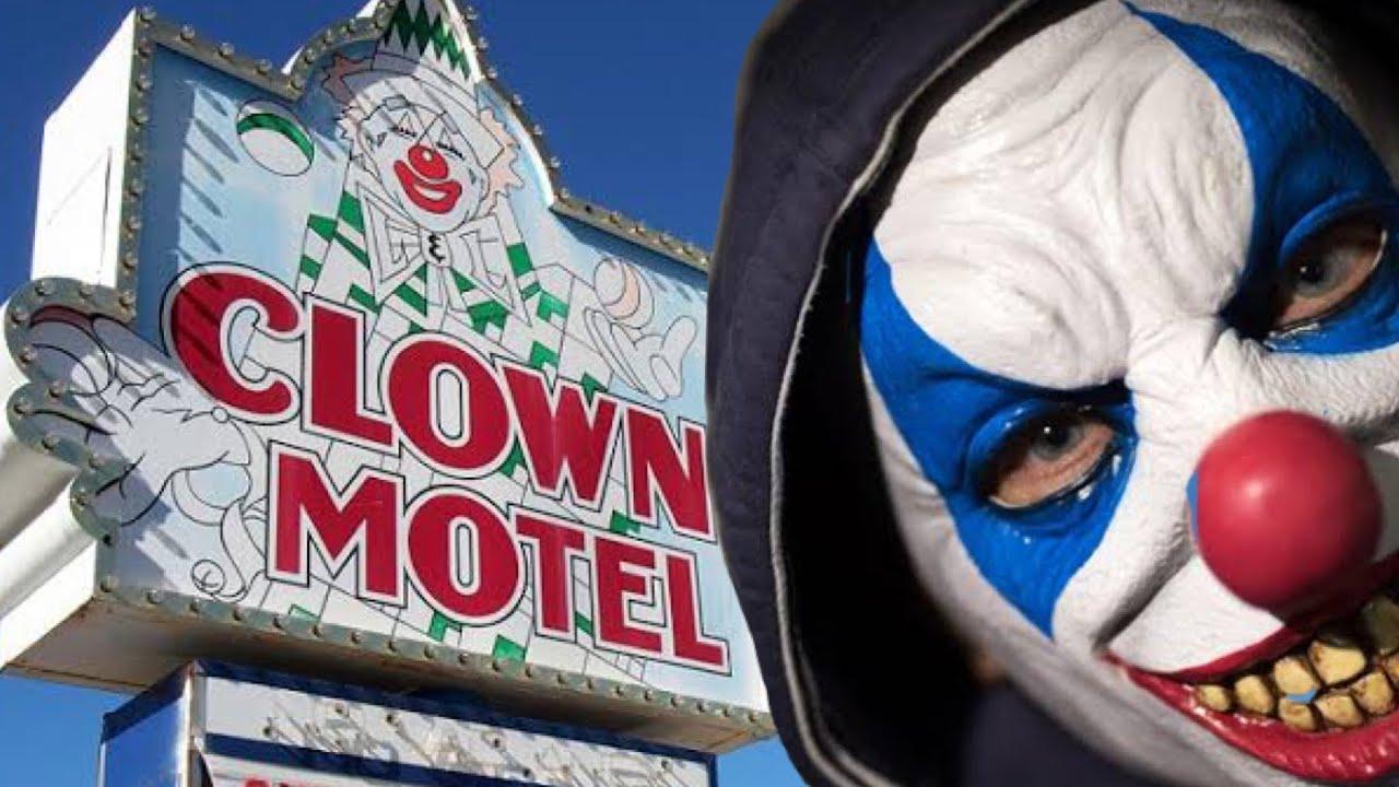 ¡Motel De Los Payasos! En donde NO podrás dormir | TOP OM